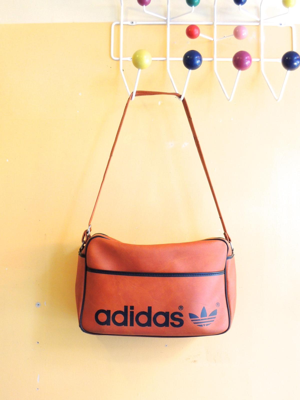 adidasbag01.JPG