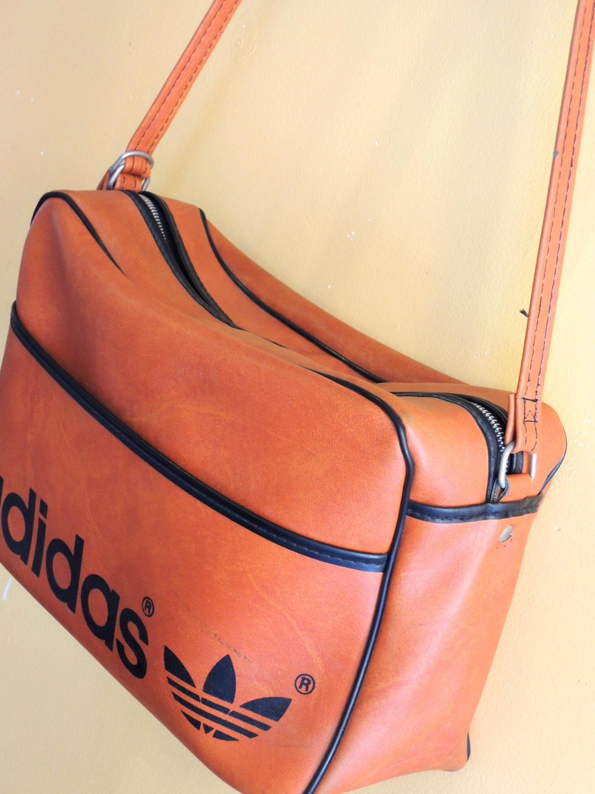 adidasbag02.JPG