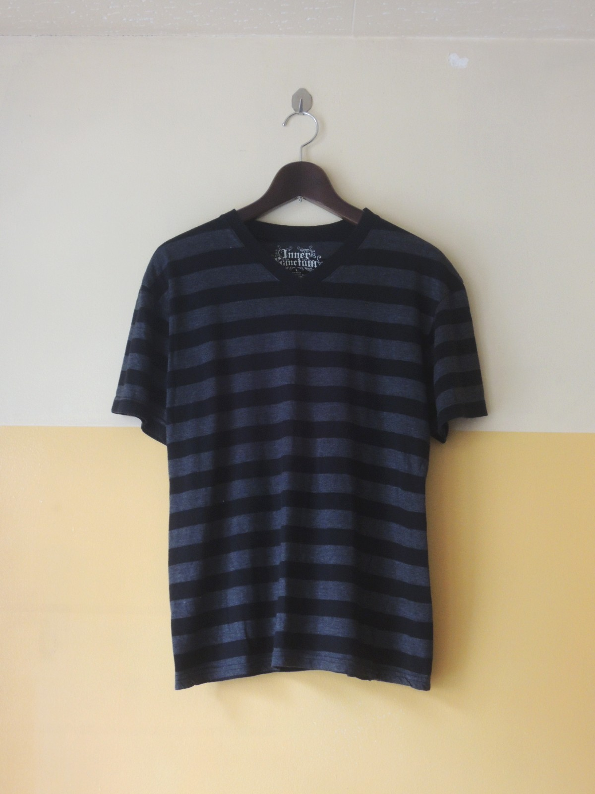 bordertshirts01_01.JPG