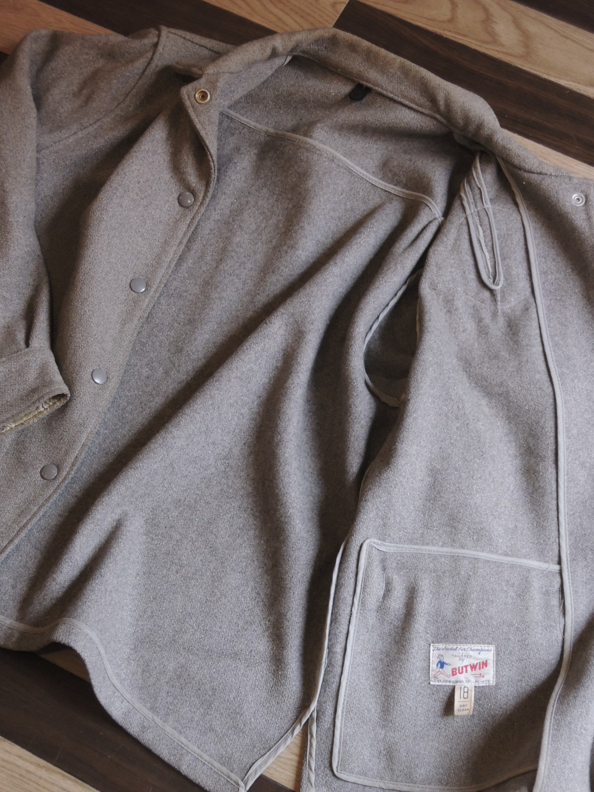 butwinjacket08.JPG