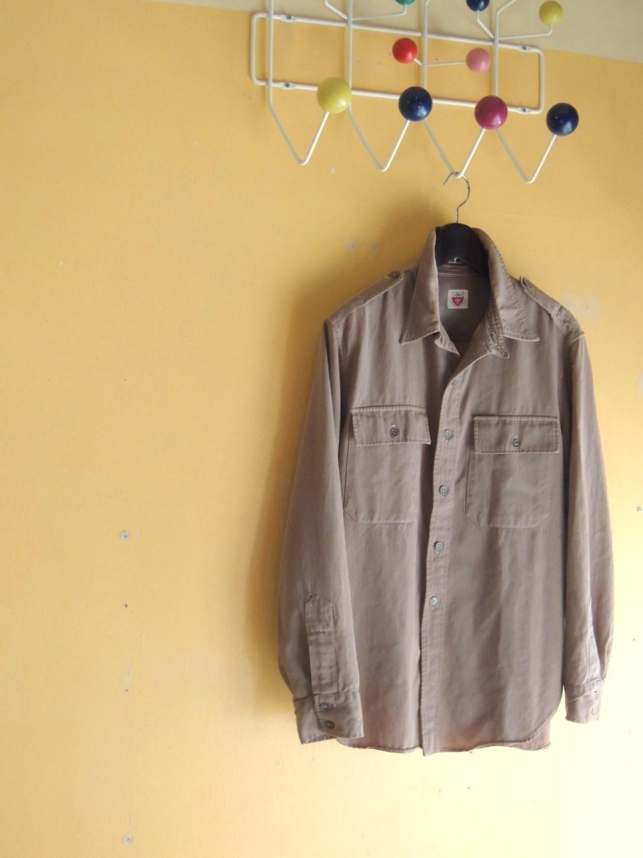 chinstrapshirts01.JPG