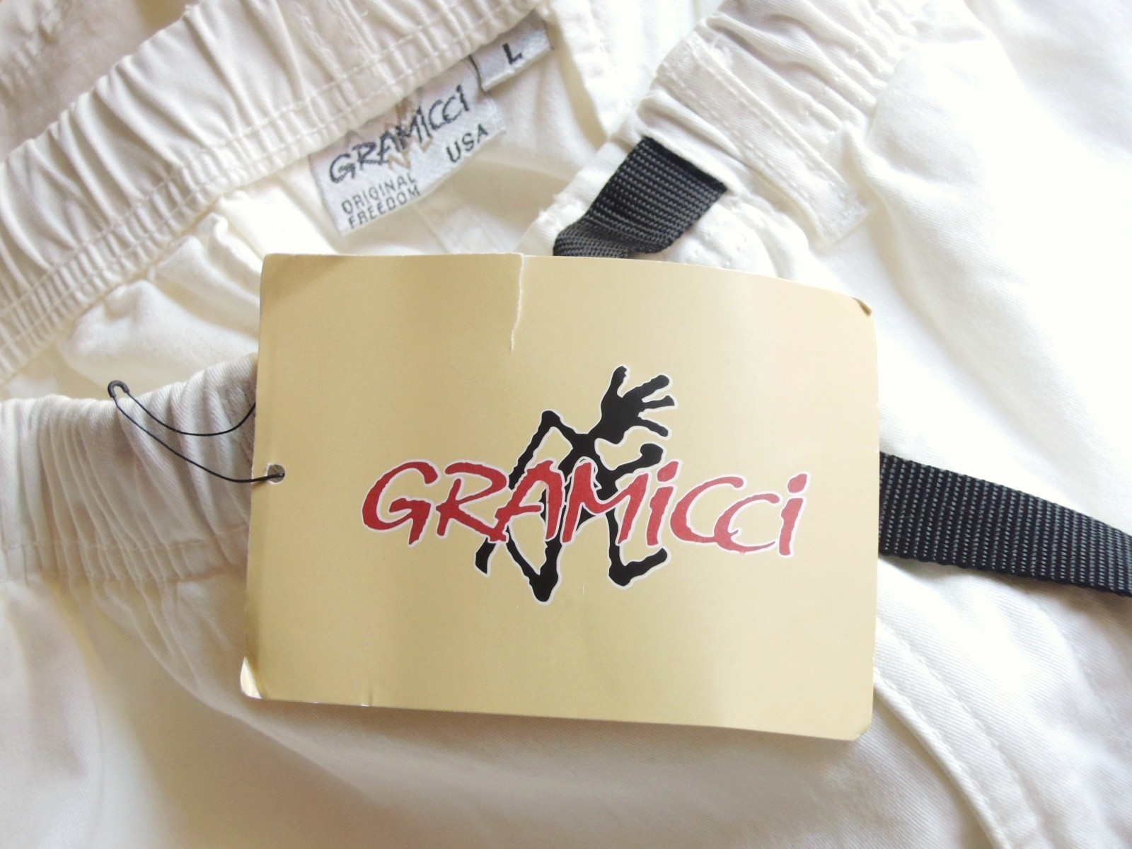 gramicciwhiteshorts02.JPG