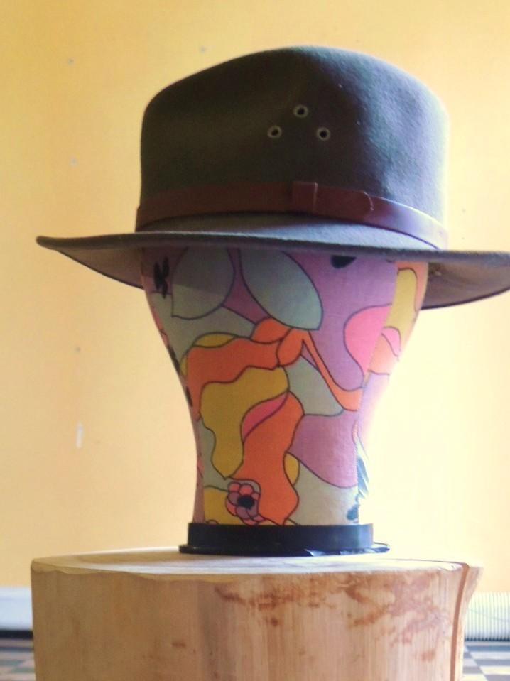 hat06.JPG
