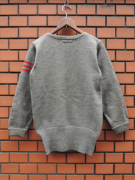 lettermansweater03.JPG