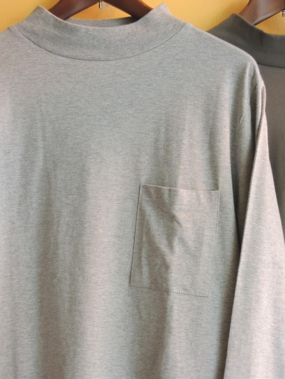 mockneckpockettshirts02.JPG