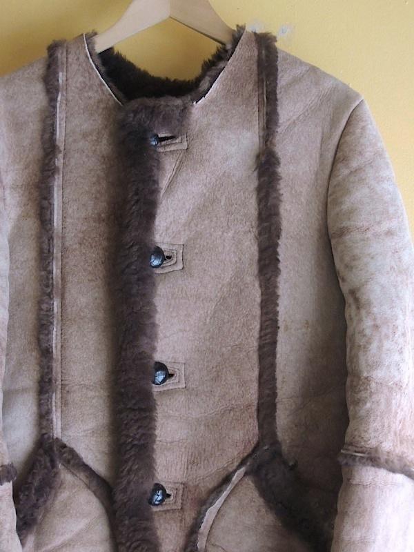 nocalarsheepskinmoutoncoat06.JPG
