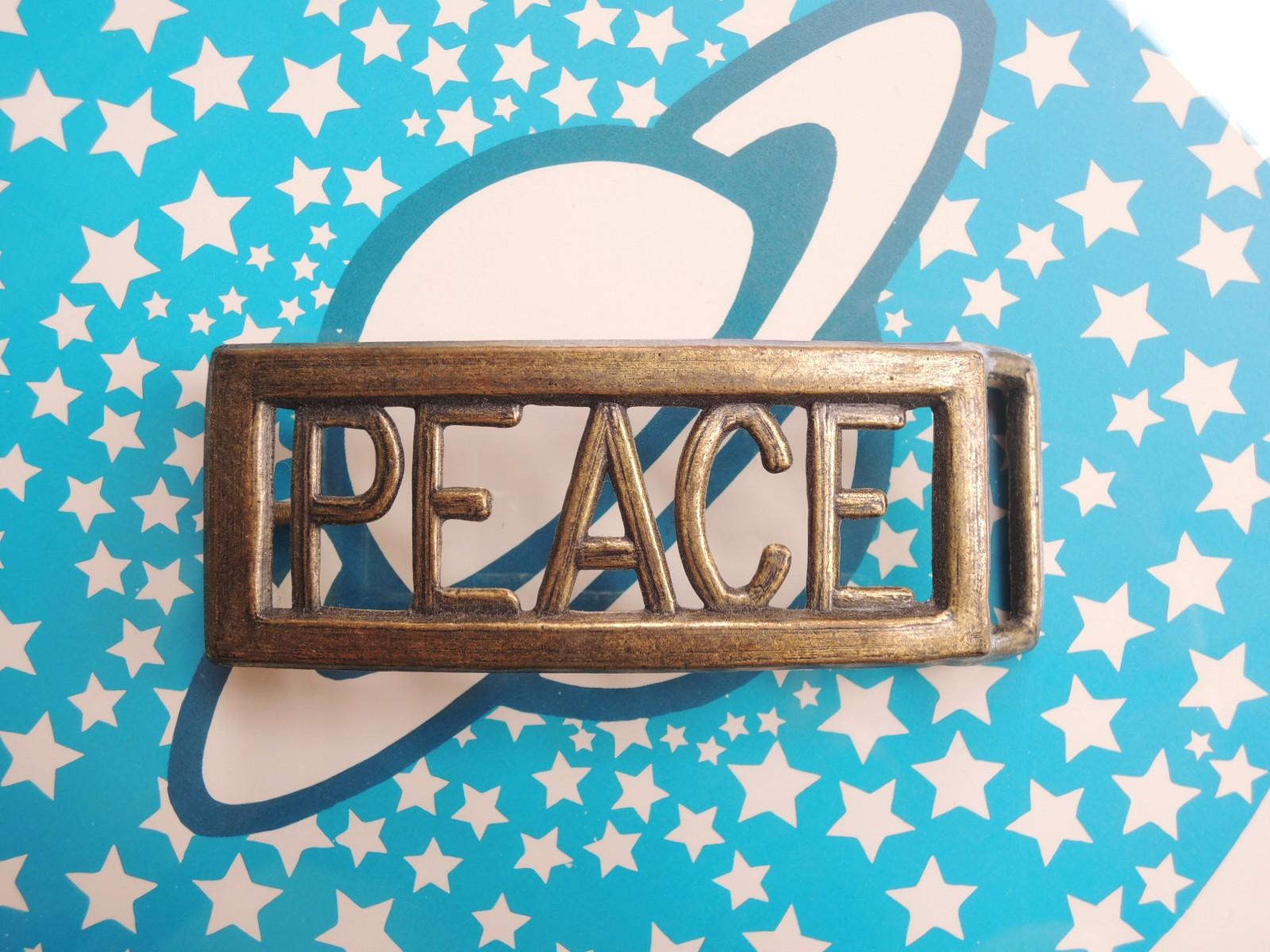 peacebeltbuckles02_01.JPG