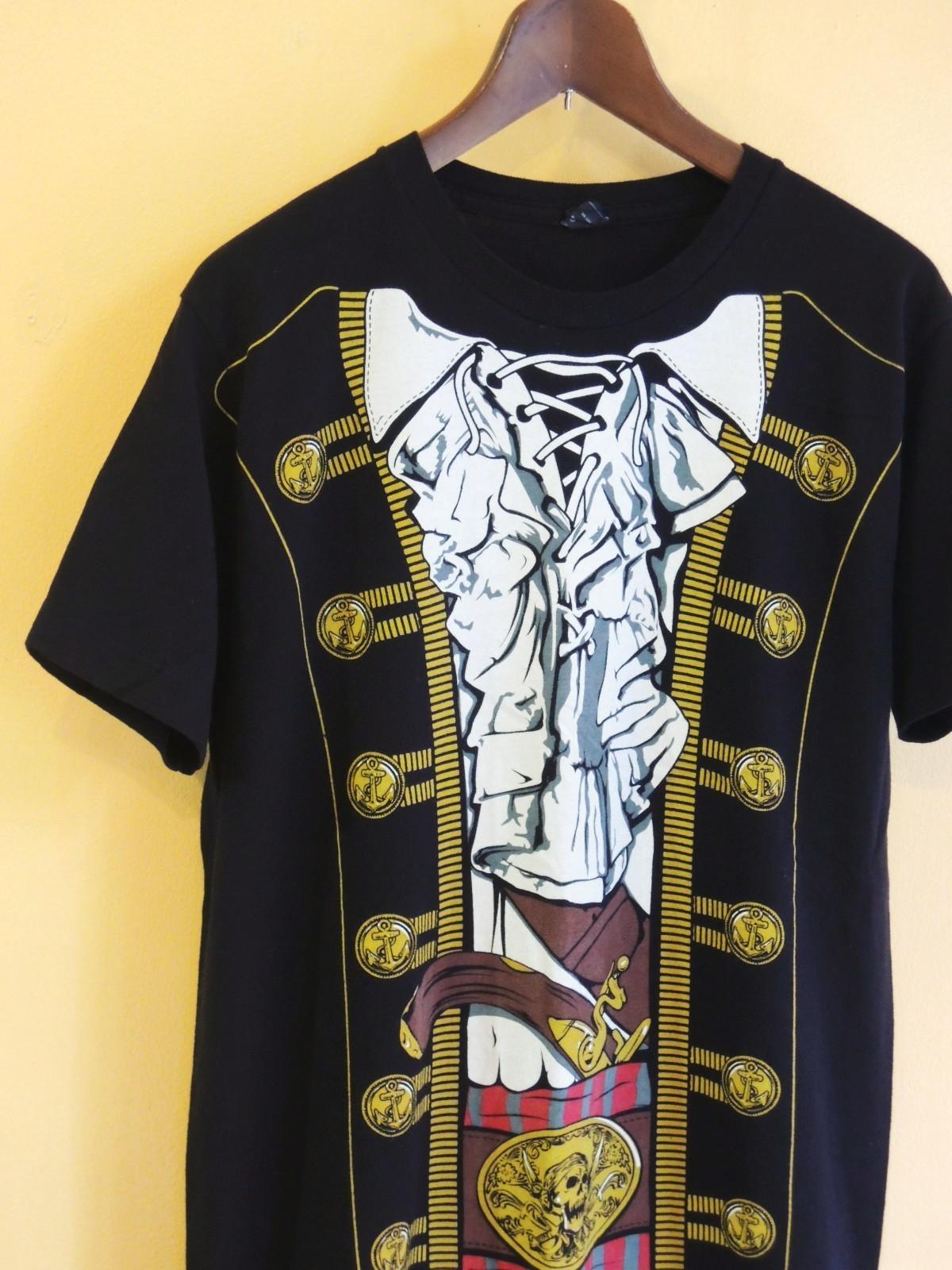 piratefakeprinttshirts06.JPG