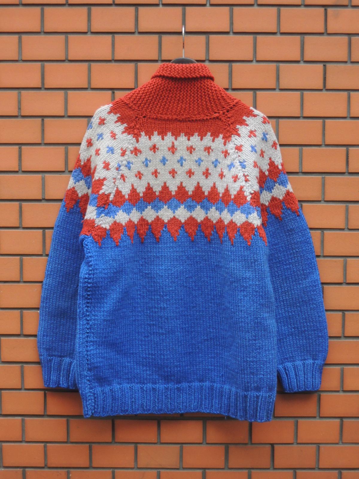 skijmpcowichansweater03.JPG