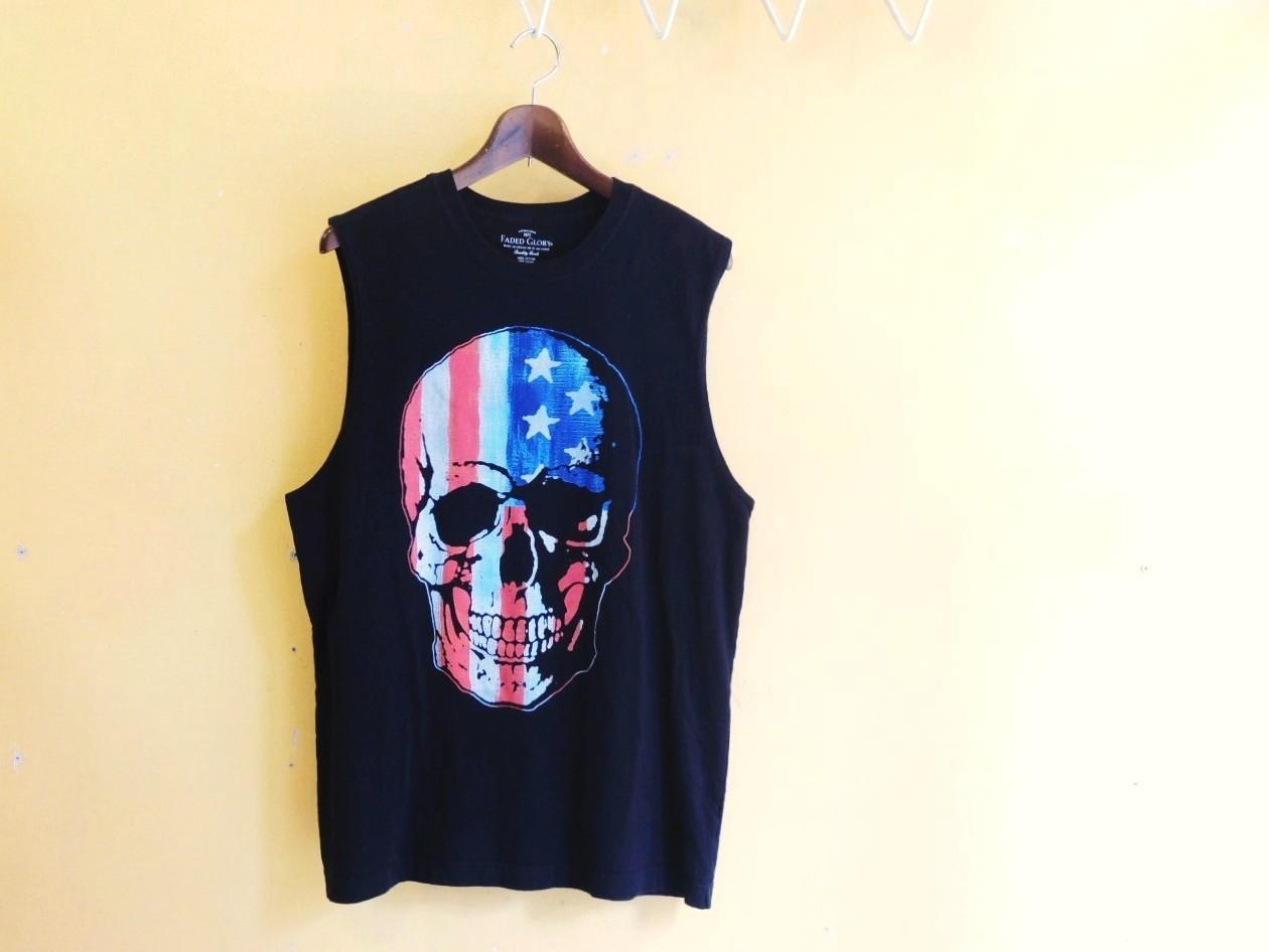 skulltshirts02.JPG