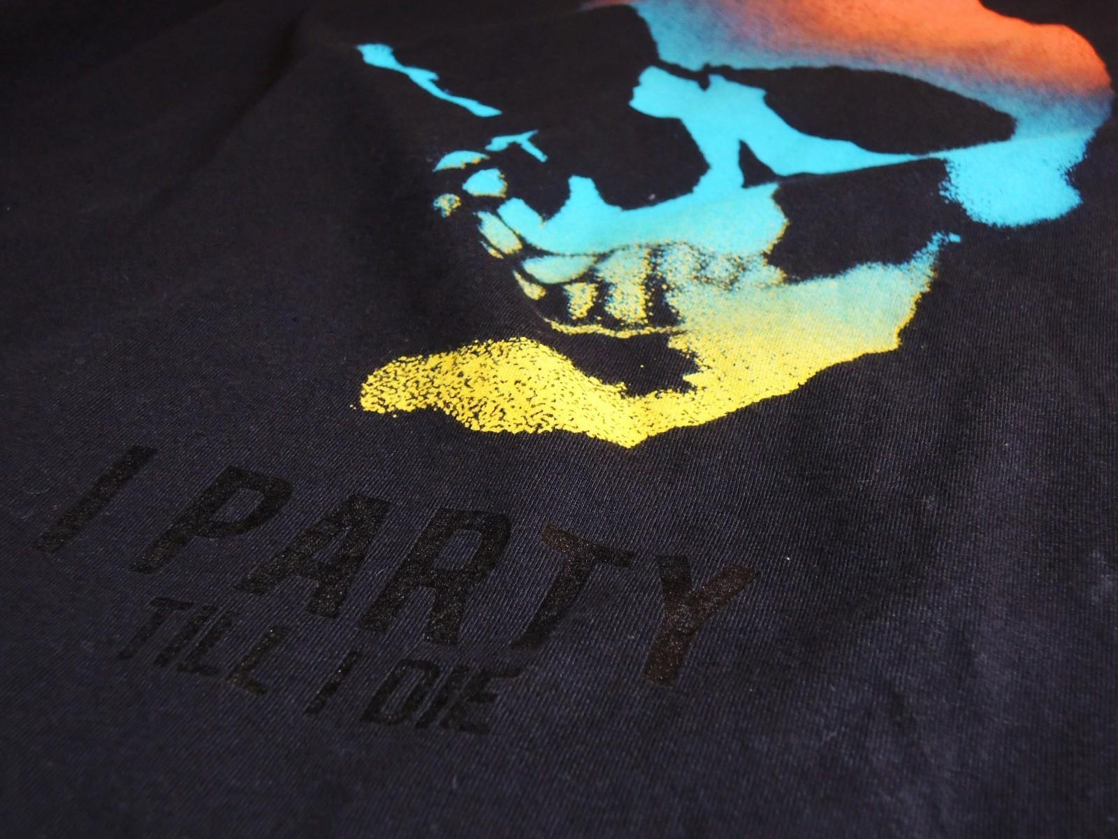 skulltshirts05.JPG
