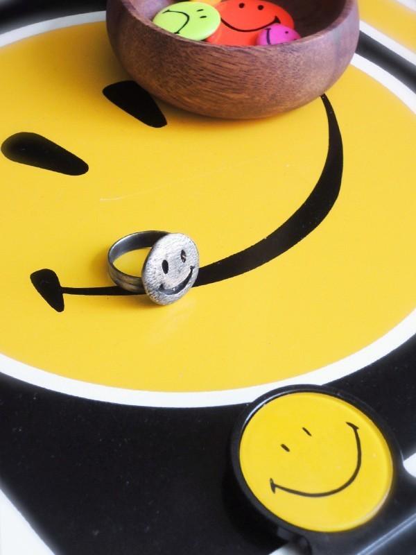 smilering01.JPG