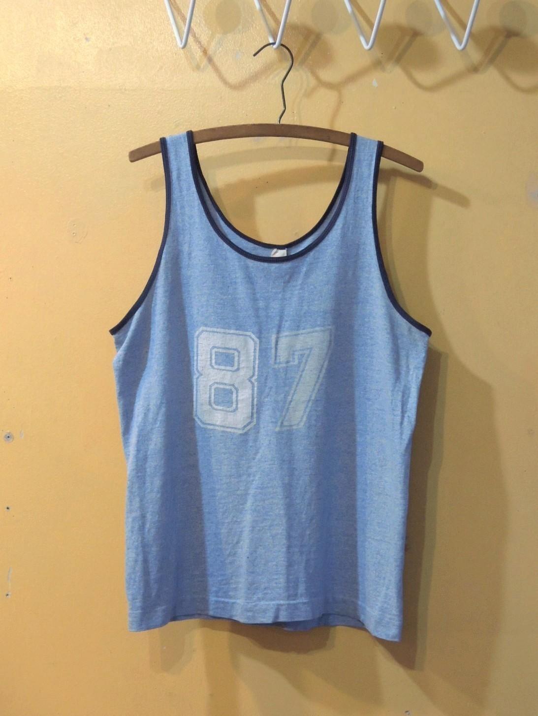 sportsweartanktop01.JPG