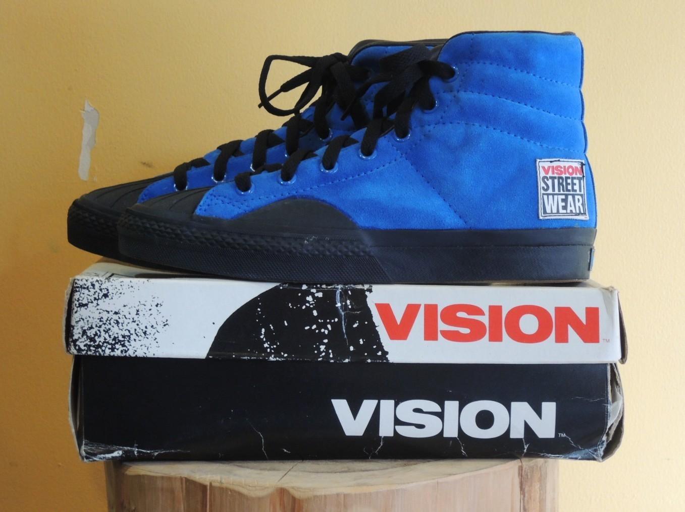 visionstreetwearbluesuede03.JPG